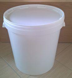 Műanyag vödör tetővel 35 liter