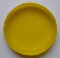 Műanyag lapka - 82